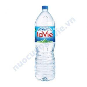Chai nước khoáng Lavie 1.5L